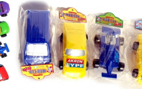 autos plasticos de carrera Cotillon Guada